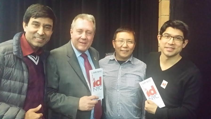 सामुदायिक कार्यक्रममा डानियल ड्रोम, तेन्जिंग शेर्पा र कार्लोस मेन्चाकाका साथमा
